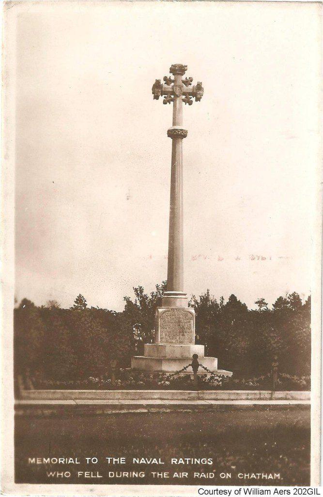 202GIL - Memorial