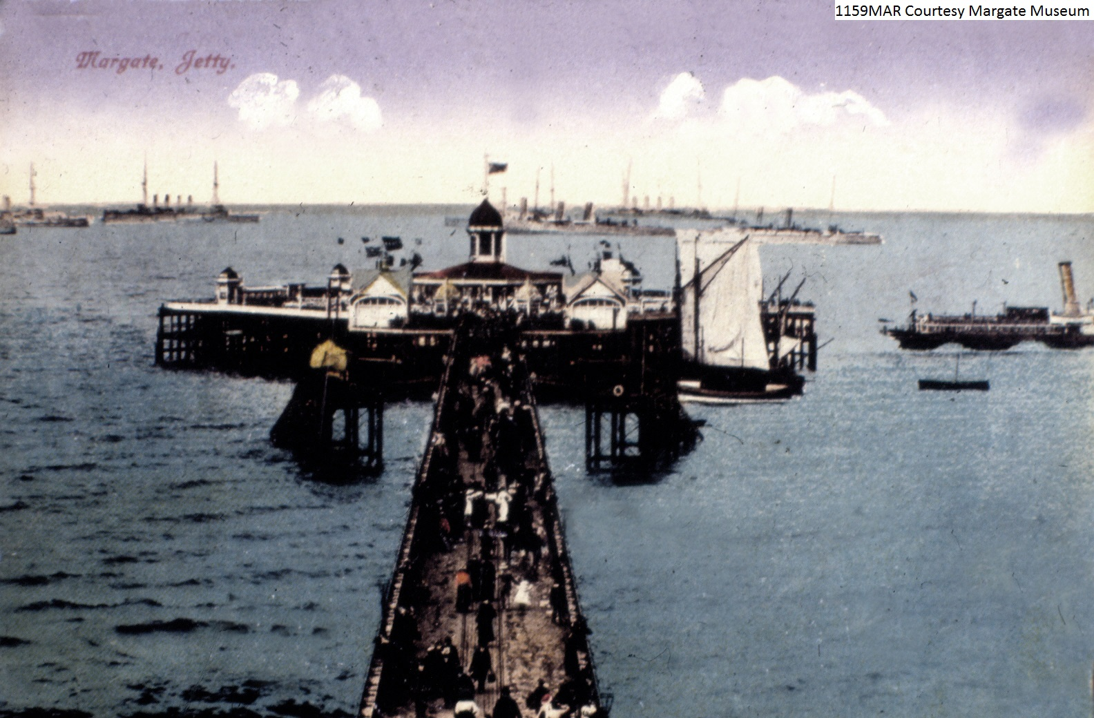 Naval review at head of Jetty 1910